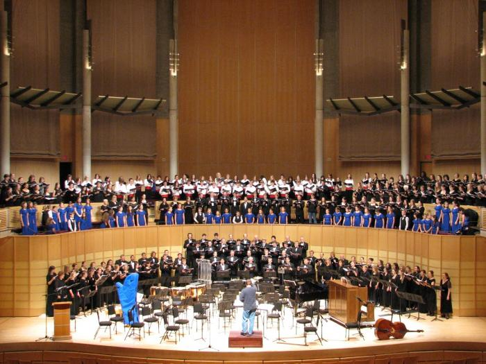 Concert Choir - Christmas at the Chan 2006